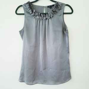 AK Gray Ruffle Trim blouse sz.S